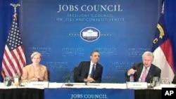 奥巴马总统周一在北卡罗莱纳州与就业和竞争力委员会的成员开会