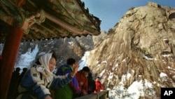 눈 내린 북한의 금강산. (자료사진)