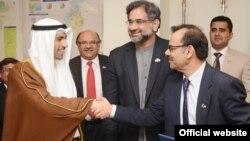 پاکستانی اور قطر کے درمیان ایل این جی درآمد کے معاہدے پر دستخط