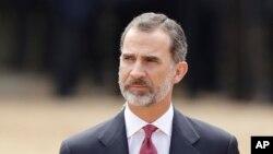 El rey de España, Felipe VI, criticó a las autoridades catalanas por convocar al referéndum independentistas.