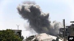 Firokên koalîsyonê DAIŞê bombebaran dikin