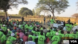 Supporters of the MDC formation of Industry Minister Welshman Ncube