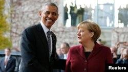 Presiden AS Barack Obama dan Kanselir Jerman Angela Merkel pada kunjungan Obama di Berlin 18 November 2016 (foto: dok).