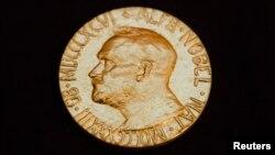 諾貝爾獎牌(資料圖片)