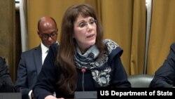Bà Yleem Poblete-Trợ lý Ngoại trưởng Hoa Kỳ phụ trách về kiểm soát vũ khí.