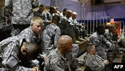 Американские солдаты в Форте Карсон (Колорадо) ждут отправки в Афганистан