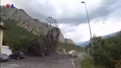 خشم زمین بعد از یک سیلاب در شهری در سوئیس