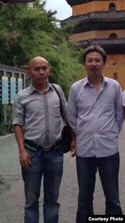 南方街头运动人士谢文飞(左)王默(网络图片 )