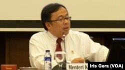 Menteri Keuangan, Bambang Brodjonegoro berharap Banggar DPR RI menyetujui RAPBNP 2015 yang diajukan pemerintah (Foto: VOA/Iris Gera).