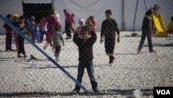Anak-anak pengungsi Suriah bermain-main di kamp pengungsi Za'tari di perbatasan dengan Yordania (foto: dok).