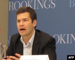 人权观察的儿童权益部门研究员比德.薛帕