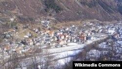 روستای لوکانا در شمال ایتالیا