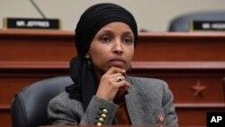 د امریکا د استازو مجلس مسلمانه غړې الهان عمر چې په مرگ گواښل شوې وه