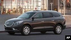 Entre los nuevos modelos declarados con defectos por GM está el Buick Enclave.