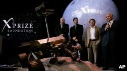 Astronaut sa misije Apolo, Baz Oldrin sa predstavnicima Gugla i fondacije XPrize