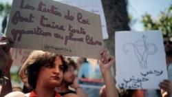 """Manifestation après les condamnations pour """"avortement illégal"""" d'Hajar Raissouni"""