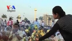 Mourners From All Over Cambodia Pay Respects to Former King