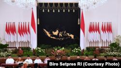 Presiden Joko Widodo dalam acara buka puasa bersama menteri dan pimpinan lembaga di Istana Negara Jakarta Jumat 18 Mei 2018 (Courtesy: Biro Setpres RI)