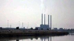 Some Iraqis Profit from Economic Progress; Most Suffer
