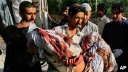 پشاور میں بم دھماکے 34 افراد ہلاک