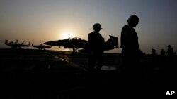 Se realizaron 14 ataques en las últimas 24 horas contra militantes del Estado Islámico cerca de la represa de Mosul.