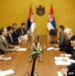 Pregovori zvaničnika MMF i vlade Srbije (arhivski snimak)