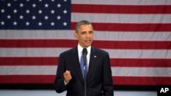"""El presidente Barack Obama resalta las ventajas de la nueva ley de salud e insta a los estadounidenses a registrarse a los planes de salud que ofrecerá el """"mercado de intercambio""""."""