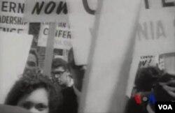 """1965年﹐在民權運動的推動下﹐美國國會通過了具有里程碑意義的""""投票權法案"""""""