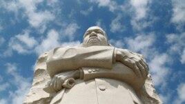 Amerikanët nderojnë Martin Luther Kingun