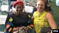 Nigerian actress Patience Ozokwo, left, aka 'Mama G' received the 2016 African Film Legend Award at the festival. (G. Flakus/VOA)