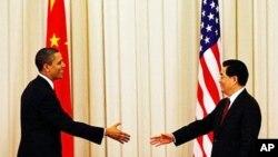 백악관에서 만나는 오바마 대통령(좌)과 후 주석