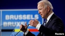 រូបឯកសារ៖ ប្រធានាធិបតីសហរដ្ឋអាមេរិកលោក Joe Biden ថ្លែងនៅក្នុងសន្និសីទសារព័ត៌មាននៅឯកិច្ចប្រជុំកំពូលអង្គការអូតង់ (NATO) នៅក្រុងប្រ៊ុចសែល ប្រទេសប៊ែលហ្ស៊ិក កាលពីថ្ងៃទី១៤ ខែមិថុនា ឆ្នាំ២០២១។