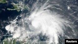 تصویر ماهواره ای از توفان «متیو»