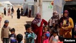 Para pengungsi Suriah di kamp Al Zaatari di kota Mafraq, Yordania (foto: dok). Sebanyak 65,6 juta orang terpaksa mengungsi pada akhir tahun 2016.