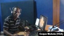 Elias Fernandes, jornalista angolano
