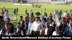 وزیر اعلیٰ سندھ مراد علی شاہ پاکستان سپر لیگ کے فائنل میچ کے انتظامات کا جائزہ لے رہے ہیں ۔ 15 مارچ 2018