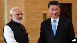 印度總理莫迪與中國國家主席習近平在武漢(資料圖片)