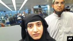 지난 2일 미국 캘리포니아주 샌버나디노에서 발생한 총기난사 테러 용의자인 파키스탄계 미국인 사이드 파룩(오른족)과 아내 타슈핀 말릭. 지난 2014년 7월 미국 시카고 오헤어 국제공항 입국 심사대에서 찍힌 사진이다.
