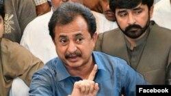 پاکستان تحریکِ انصاف کے رہنما حلیم عادل شیخ (فائل فوٹو)