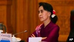Nhà lãnh đạo đối lập sẽ gặp Tổng Thống Myanmar Thein Sein và Tổng Tư Lệnh Quân đội Myanmar trong ngày hôm nay.