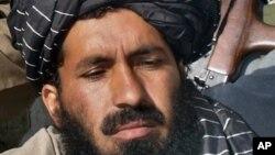 6일 미군의 폭격으로 사망한 9 명 가운데 한 명으로 알려진 탈레반 무장세력 지도자 마울비 나지르의 2007년 모습