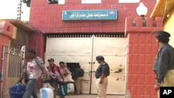 بھارتی ماہی گیر جیل سے باہر آرہے ہیں
