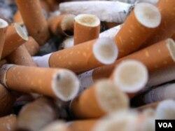 Persoalan rokok di tanah air dinilai semakin menghimpit berbagai pihak yang terlibat dalam industri rokok.