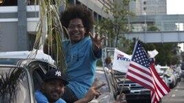 Em festa. Partidário de Obama celebram nas ruas após vitória eleitoral