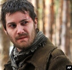 Jim Sturgess as Janusz in The Way Back