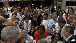12月11号在联合国气候变化大会小组会议上各国部长热烈讨论