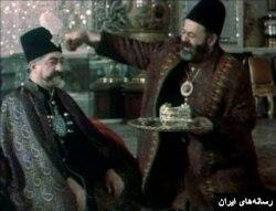 عزت الله انتظامی در فیلم کمال الملک ساخته علی حاتمی