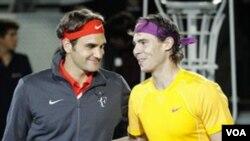 Roger Federer dan Rafael Nadal tampaknya akan bertemu di semifinal Australia Terbuka (foto:dok).