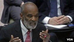 Mantan Presiden René Préval berbicara dalam pertemuan DK PBB membahas masalah Haiti, Rabu (6/4).