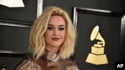Top Ten Americano: Katy Perry lidera o top 200 da Billboard!!!